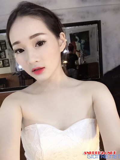 Hot girl Vy Nguyễn